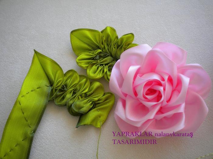 Цветы из атласных лент мастер класс на ютубе