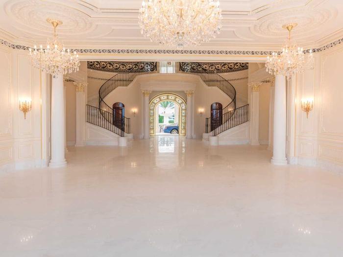 вилла Le Palais Royal 5 (700x525, 251Kb)