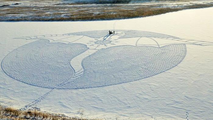 Саймон Бек рисунки на снегу 9 (700x394, 299Kb)