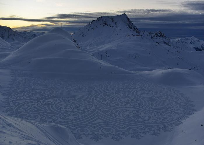 Саймон Бек рисунки на снегу 16 (700x500, 253Kb)