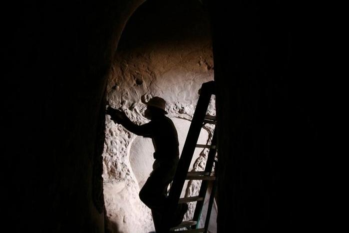 esculpidas à caverna-7 (700x467, 88KB)