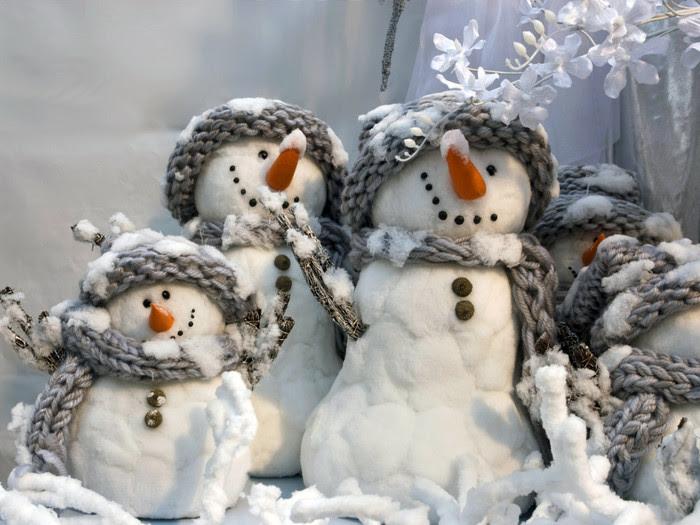 снеговики (700x525, 98Kb)