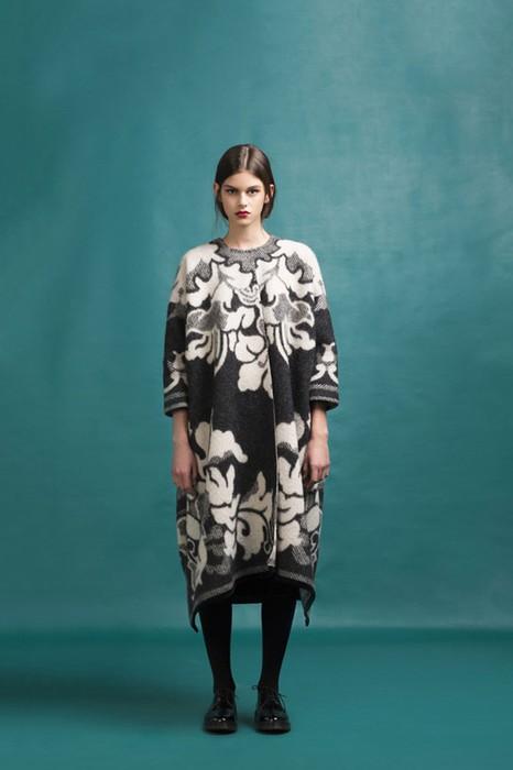 126583202 120315 2156 8 Эстонский дизайнер создаёт пальто из старых советских одеял