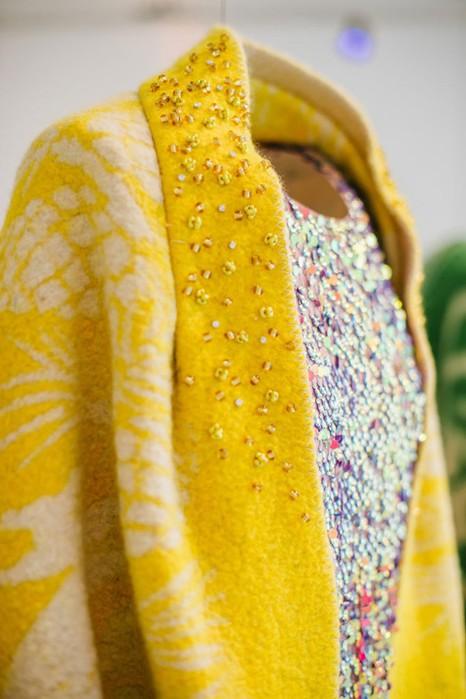 126583204 120315 2156 10 Эстонский дизайнер создаёт пальто из старых советских одеял