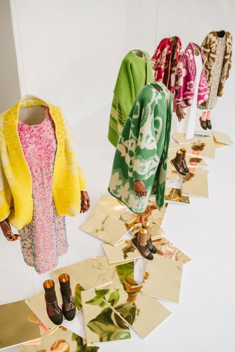126583206 120315 2156 12 Эстонский дизайнер создаёт пальто из старых советских одеял