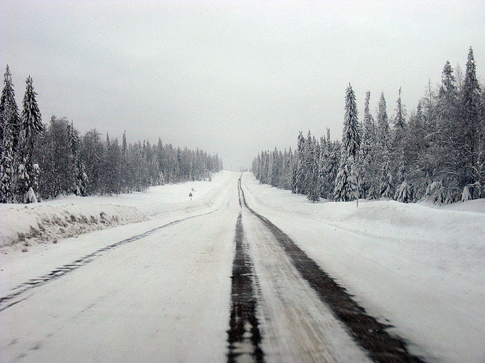 04-Winter_road_in_Perm_Krai (700x525, 528Kb)