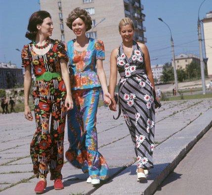Мода в россии 90 х годов платья и прически
