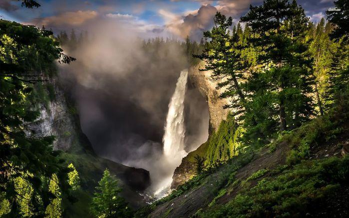 helmcken-falls-waterfall-british-columbia-canada-nature-1920x1200-wallpaper139717 (700x437, 72Kb)