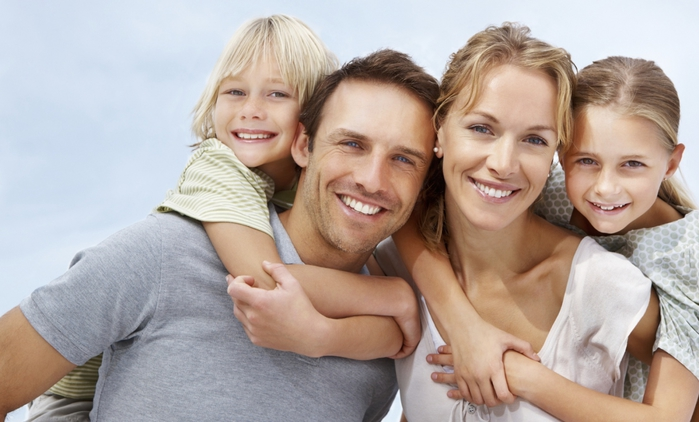 3416556_happyfamily (700x422, 197Kb)