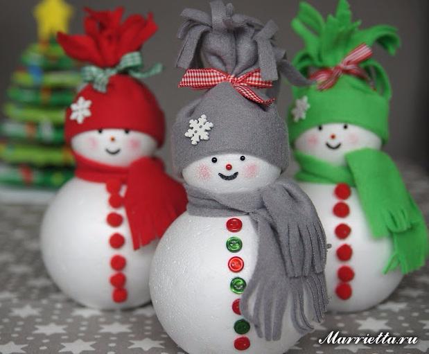 Muñecos de nieve de bolas de espuma y fieltro (4) (619x511, 256 Kb)