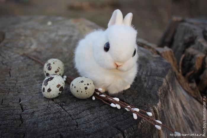 Пушистый пасхальный кролик в технике сухое валяние (4) (700x466, 204Kb)