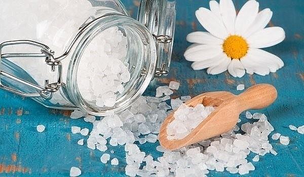 можно лечение поваренной солью дома очень