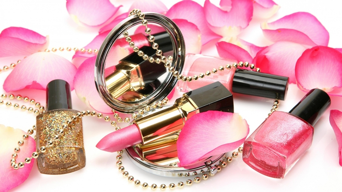 6019714_pink_petals_and_cosmetics_rose_beadss_lobes_ultra_3840x2160_hdwallpaper1667145 (700x393, 222Kb)