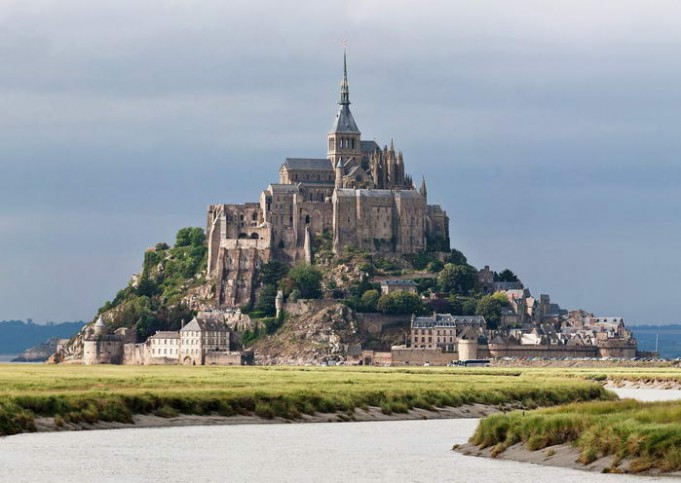 Монастырь Ле Мон Сен-Мишель в Нормандии (681x483, 70Kb)