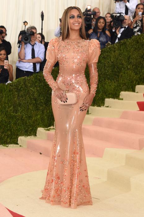 Beyonce-Knowles-Met-Gala-2016-Pictures (6) (465x700, 371Kb)