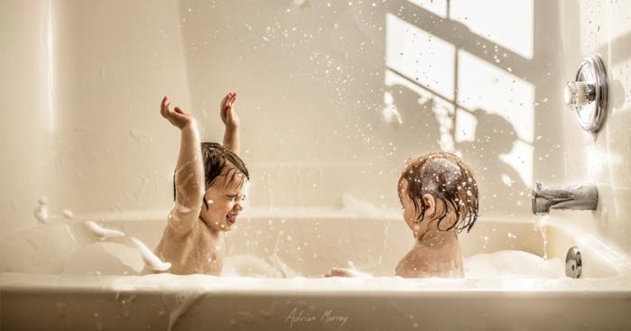 4. Настало время принятия ванны! (700x367, 330Kb)