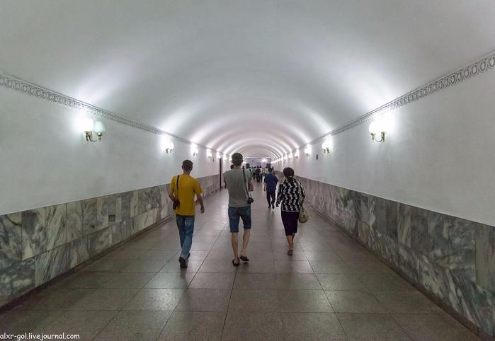 метро в пхеньяне фото 4 (700x482, 273Kb)