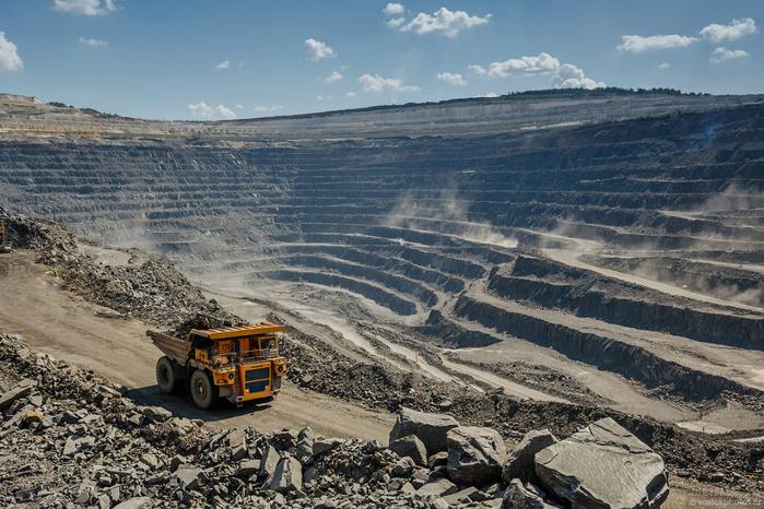 добыча железной руды фото 12 (700x466, 428Kb)