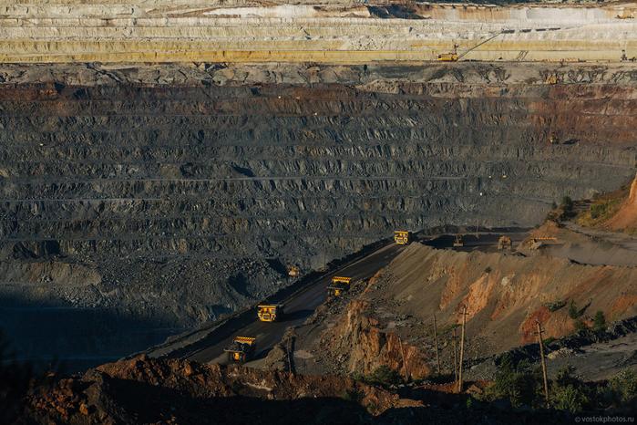 добыча железной руды фото 14 (700x466, 475Kb)