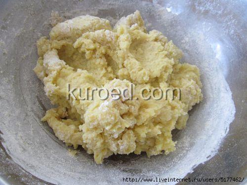 Картофляники с зеленым луком, пошаговое приготовление - Приготовить картофельное тесто/5177462_kartoflianiki_s_zelenim_lukom_002 (500x375, 99Kb)
