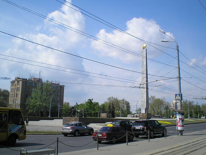 07 Одесса_April_Square (700x525, 386Kb)