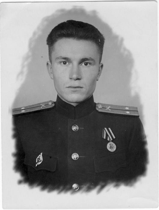 1949-09-лейтенант-лучший вариант (529x700, 168Kb)