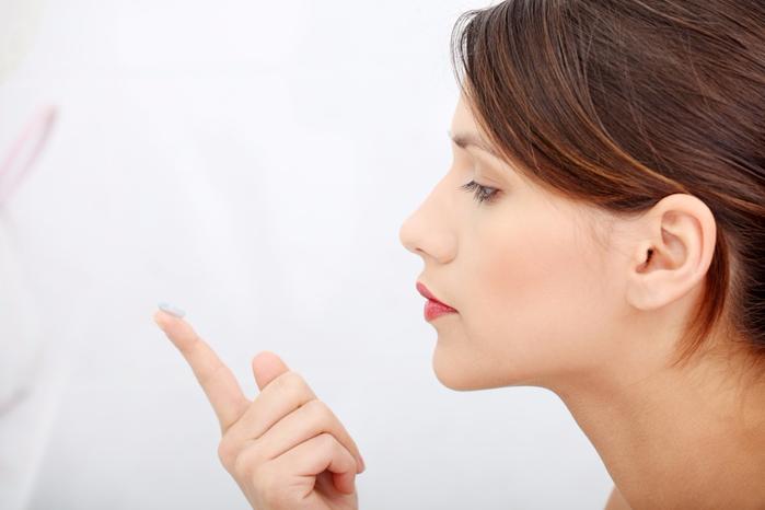 Однодневные-контактные-линзы-рекомендуются-людям-длительно-пребывающим-в-неблагоприятных-условиях (700x466, 209Kb)