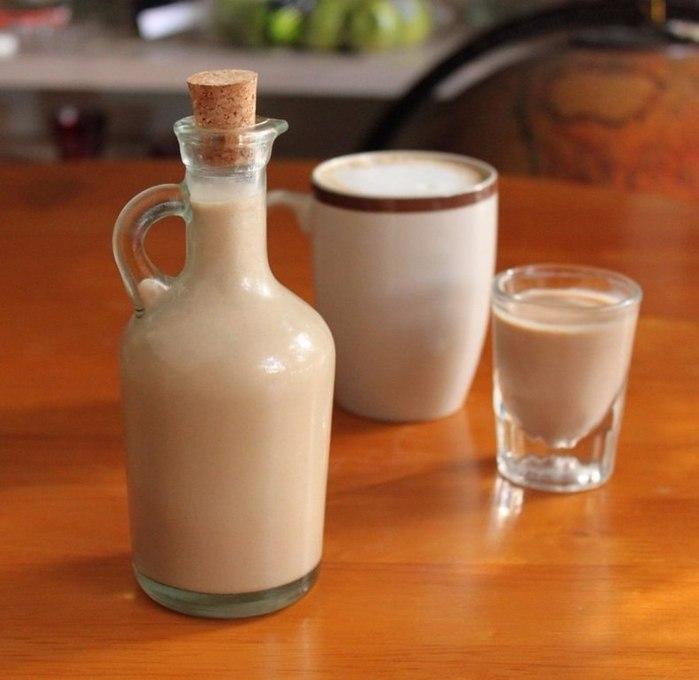 Крем-ликер из кофе и сгущенного молока/3368205_oYVplqztZFo (700x680, 56Kb)