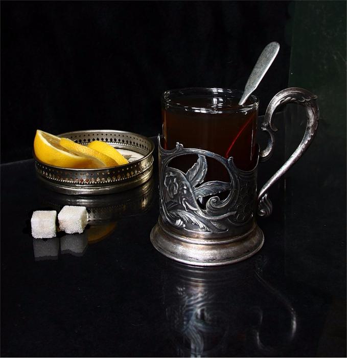 чай-в-подстаканнике (679x700, 332Kb)