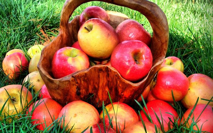 яблоки 3 (700x437, 504Kb)