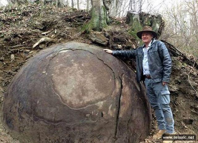 stone-ball_00002 (640x462, 251Kb)