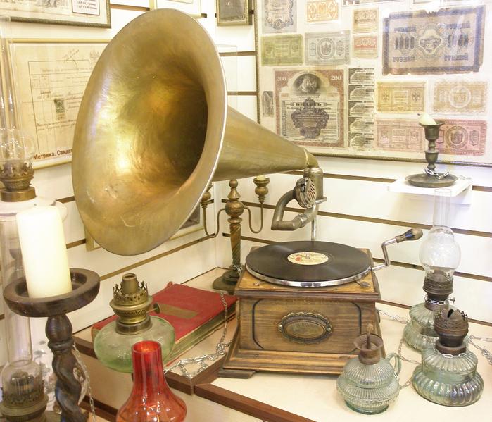Граммофон, Америка, 1905 год (700x599, 590Kb)