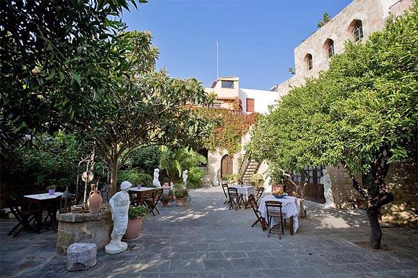 отель S.Nikolis' на острове родос