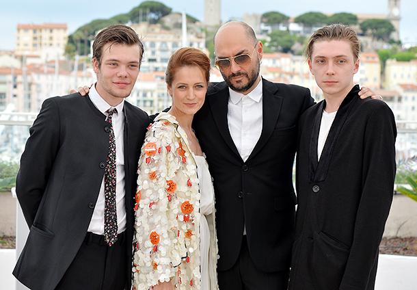 Виктория Исакова и Кирилл Серебренников на фотоколле фильма Ученик (610x424, 172Kb)
