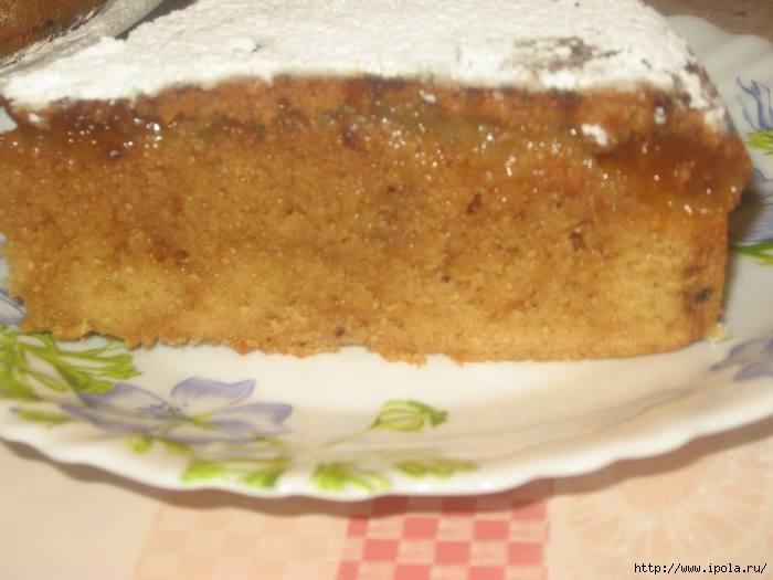 Пирог с джемом в мультиварке с
