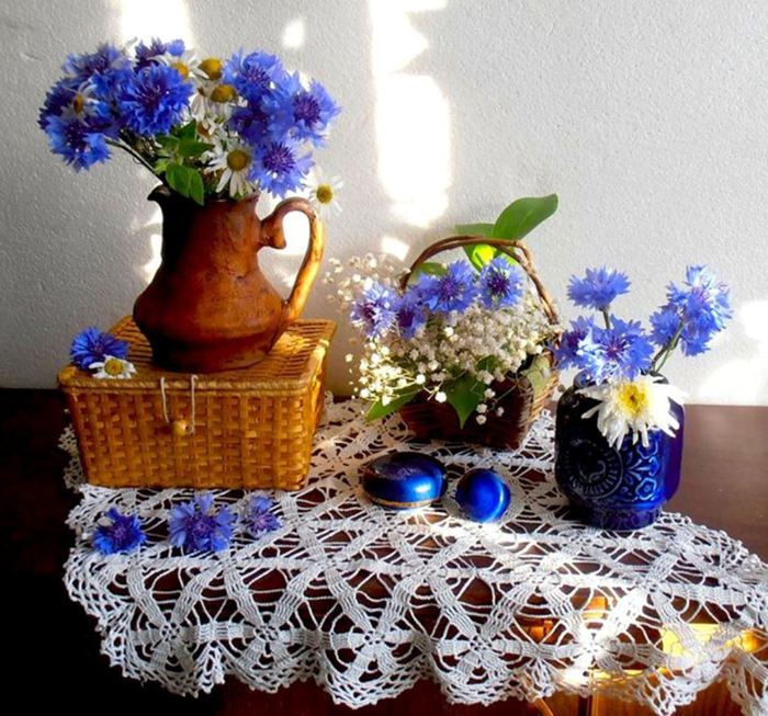 126506533_blue_still_life_vase_flowers_nature_hdwallpaper1495436 (700x653, 103Kb)