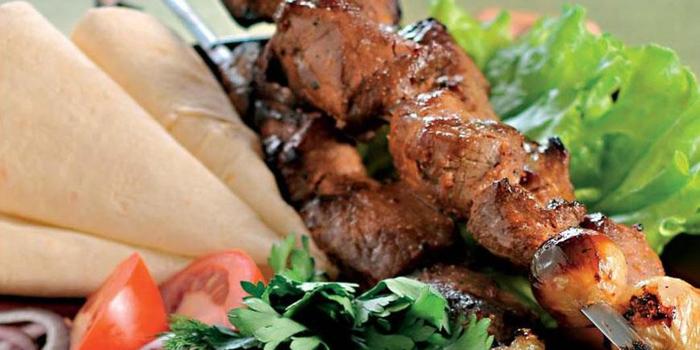 Очень вкусный шашлык из свинины (700x350, 260Kb)