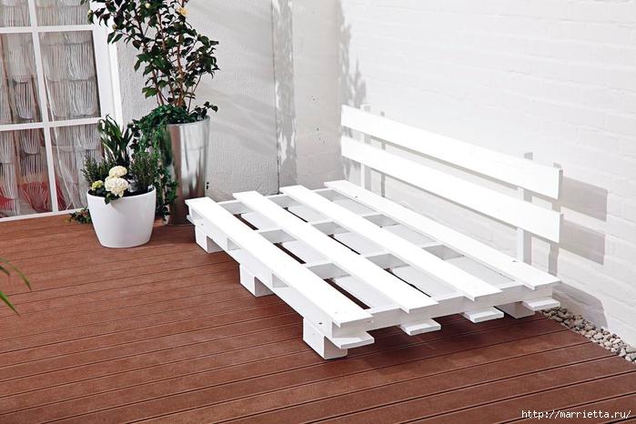 Для балкона и террасы. Диван из поддонов (8) (700x466, 237Kb)