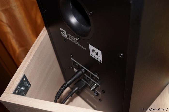подключение студийных мониторов/4555640_DSC02719 (700x466, 172Kb)