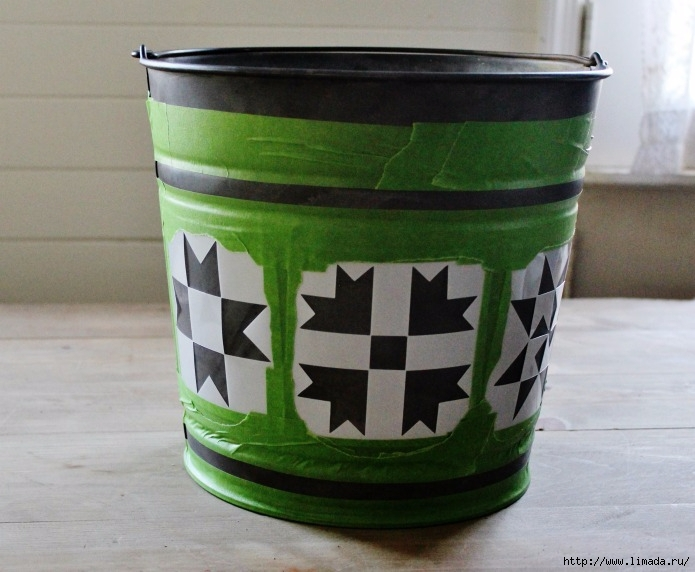 barn-stencils-painters-tape-galvanized-bucket-Knick-of-Time (695x572, 211Kb)