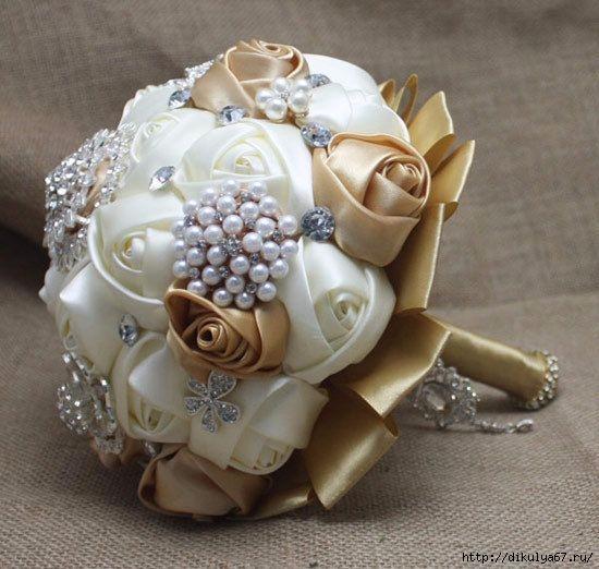 تزیین جام با نگین متری Wedding Flowers - Bridal Bouquet of Pink Paper Roses and Pearl Beads DIY Jewelry & Crafts Pinterest Pink paper, Paper roses and