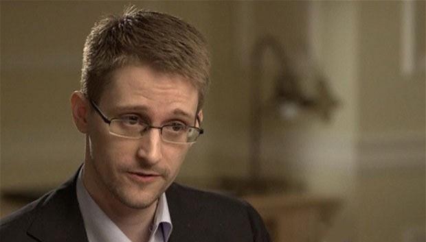 США давно травят россиян биологическим оружием – новое откровение Эдварда Сноудена (620x353, 37Kb)