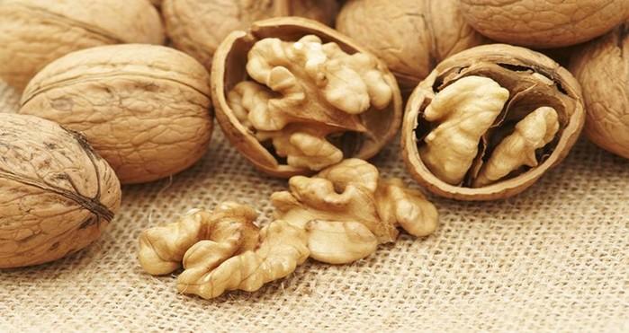 Чем полезны орехи? Какие именно орехи наиболее полезны и почему?