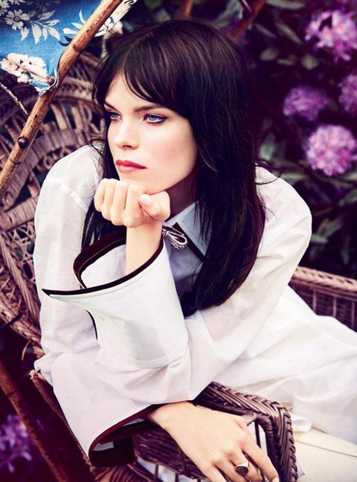 Meghan-Collison-Harpers-Bazaar-UK-Ellen-Von-Unwerth-07-620x836 (518x700, 401Kb)