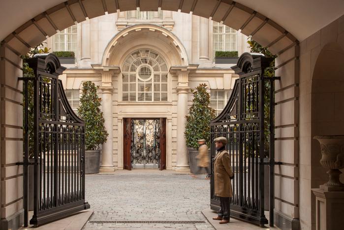 rosewood-london_entrance-22 (700x467, 410Kb)