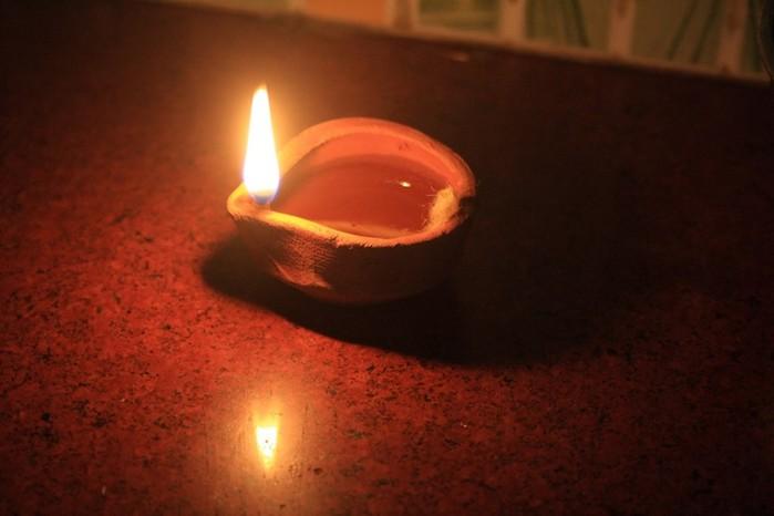 Где была изобретена свеча?