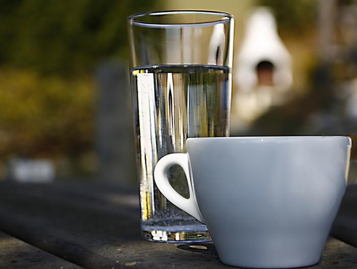 coffee-water (700x527, 61Kb)