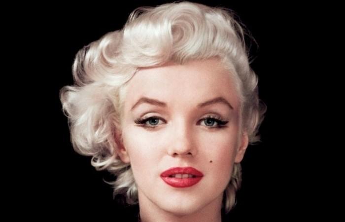 3085196_Marilyn18 (700x450, 36Kb)