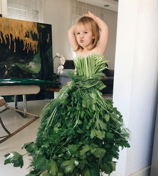 платье из еды 1 (628x700, 423Kb)