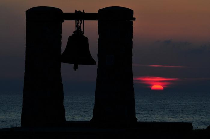 bell (700x465, 141Kb)